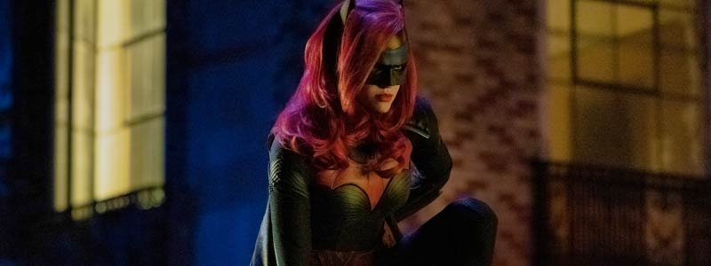 Early Reviews: Batwoman a Raving Success